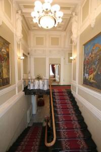 Парадная лестница каслинского литья